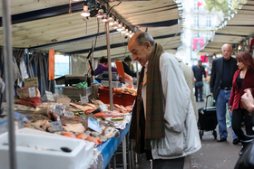 People paris market 42 article
