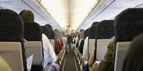 O airplane passenger facebook article