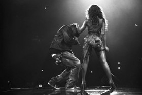 12324553 beyonce and jay on the run tour tickets 300x200 article