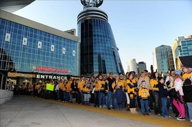 Nashville fans 575x382 article