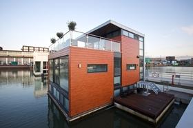 Ijburg amsterdam floating suburb tremors article