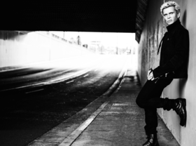 Billy idol no longer dancing with himself 01 article