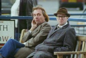 Rik mayall bottom bench to be unveiled in hammersmith 01 article