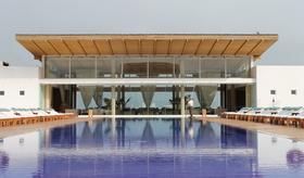 Hotel paracas article