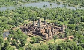 Pre rup temple at angkor  008 article