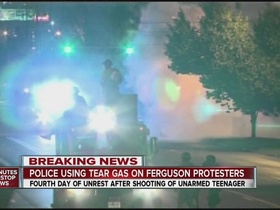 Police using tear gas on ferguson protes 1906380000 7366437 ver1.0 640 480 article