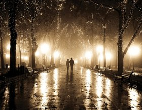Couple 20walking 20love article