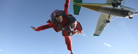 Skydivers 730x290 article