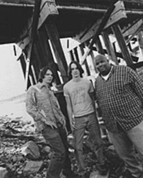 North mississippi allstars and t model ford.140611.40 article