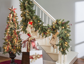Decorate staircase article