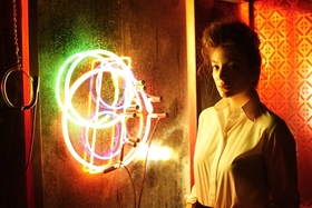 Lorde yellow flicker beat grungecake thumbnail 1200x800 article