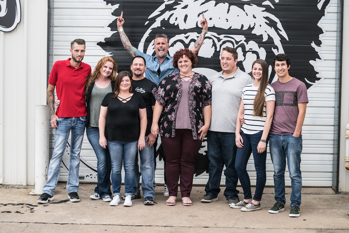 gas monkey garage hosts advance auto parts contest winners. Black Bedroom Furniture Sets. Home Design Ideas