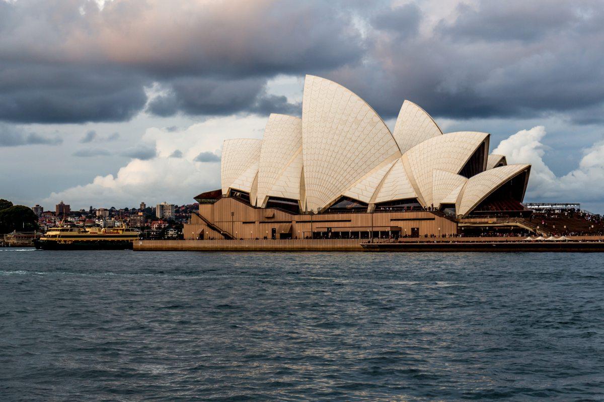 Sydney opera house on a beautiful day