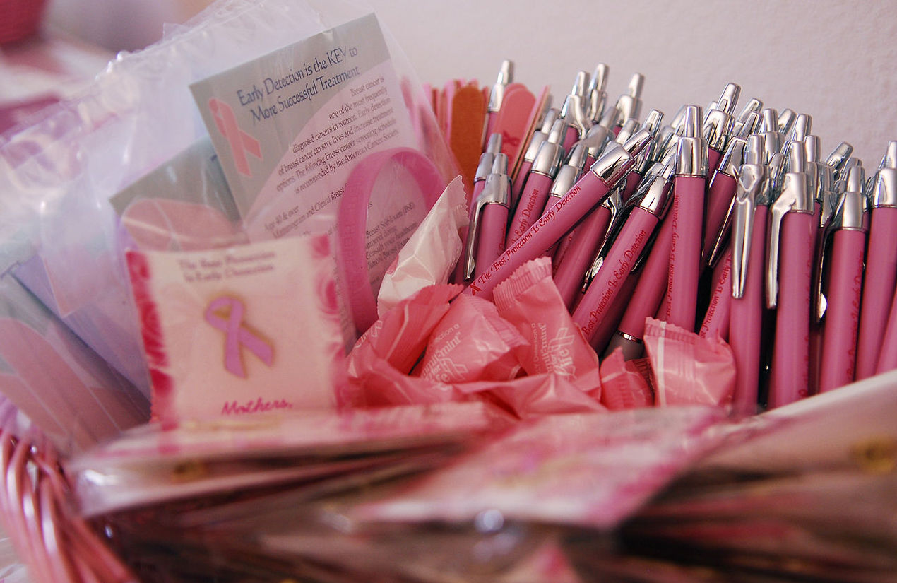 1280px breast cancer awareness ribbons and pens
