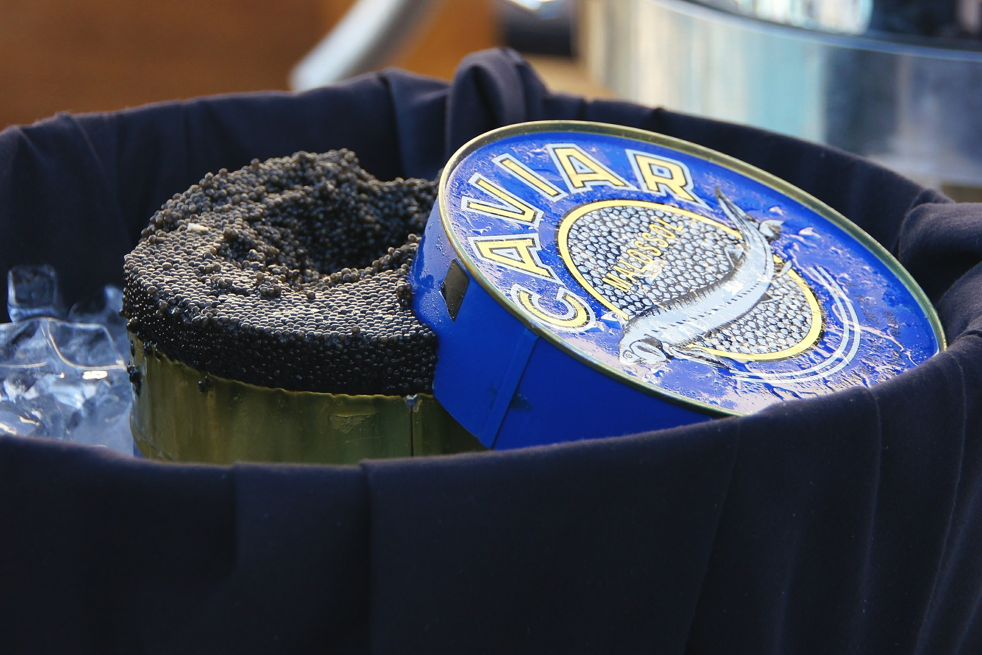 Caviar 389065 1920