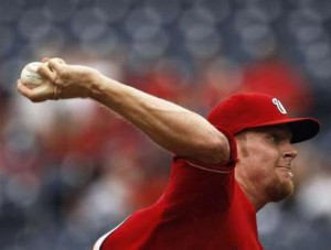 elbow stress pitching