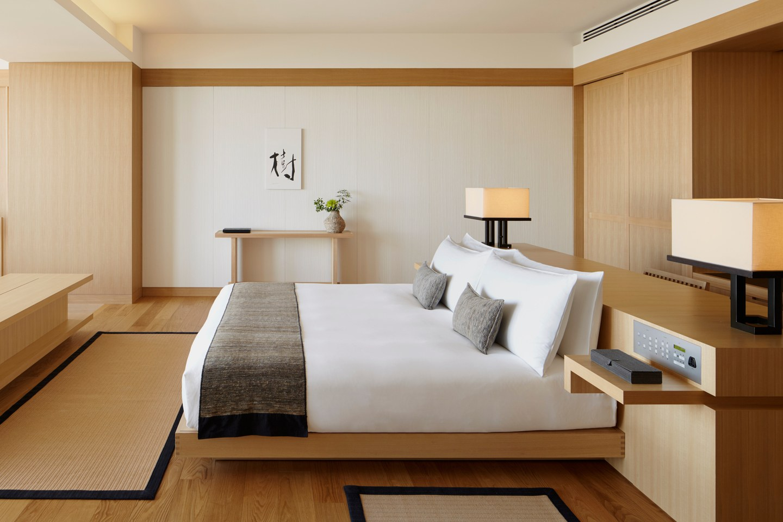 Aman tokyo 2018 premier room  high res 822