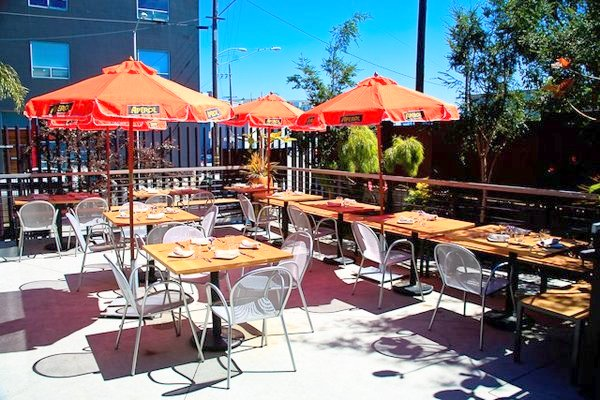 Skool patio