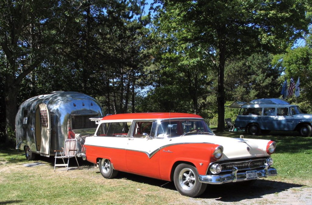 1955 ford airstream 1024x673