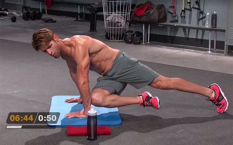 15 of the Best Core Exercises From Beachbody Programs Straight Arm Plank Cross