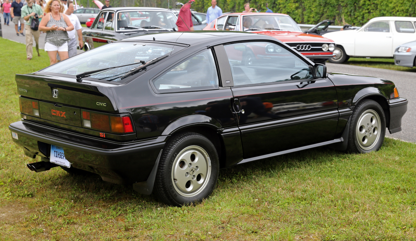 Crucial Cars: We Put the Spotlight on the Honda CRX