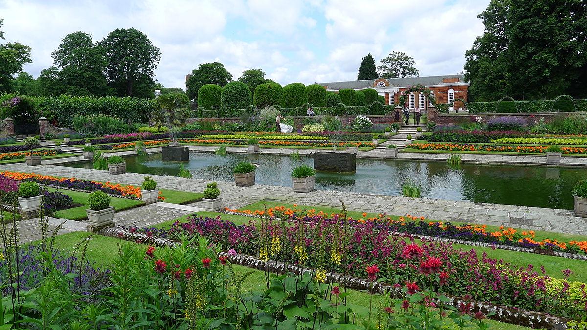1200px-Kensington_Gardens_2.jpg?1525369143
