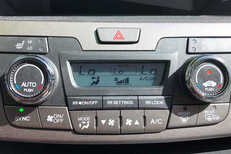 Car AC blowing hot air? Learn why this could happen and how to remedy