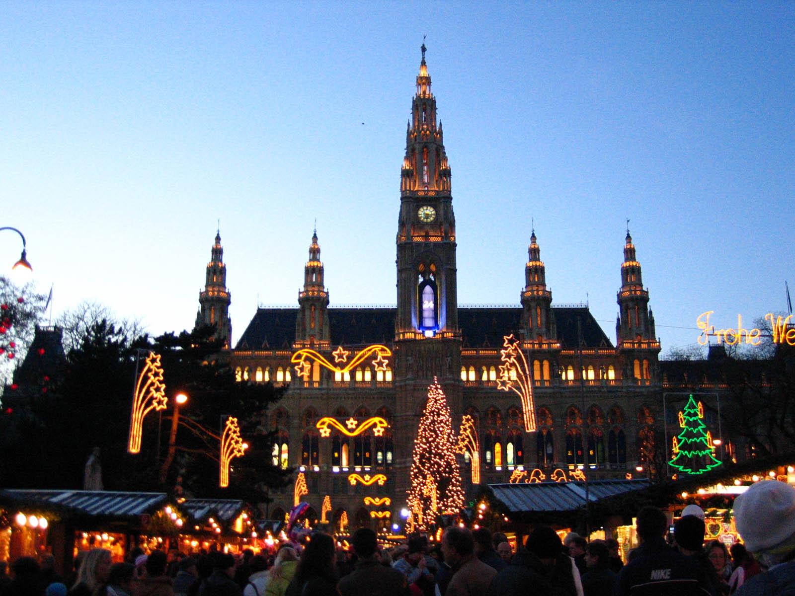 Mercatini_di_Natale_di_Vienna.jpg?1542967707