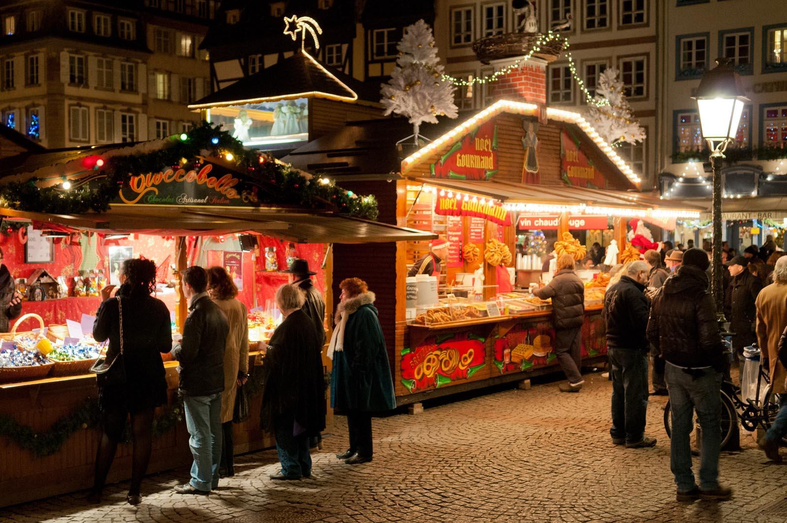 Christmas_Fair_in_Strasbourg_%286710612949%29.jpg?1542968087