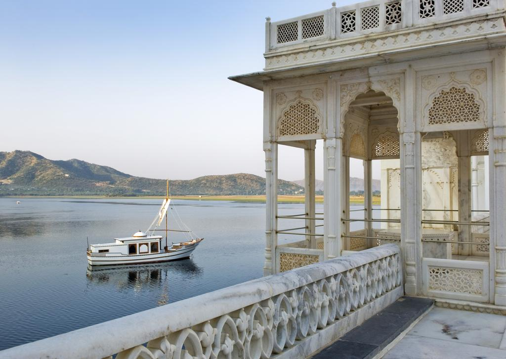 Palace_Taj_Lake__Inde.jpg?1544196809