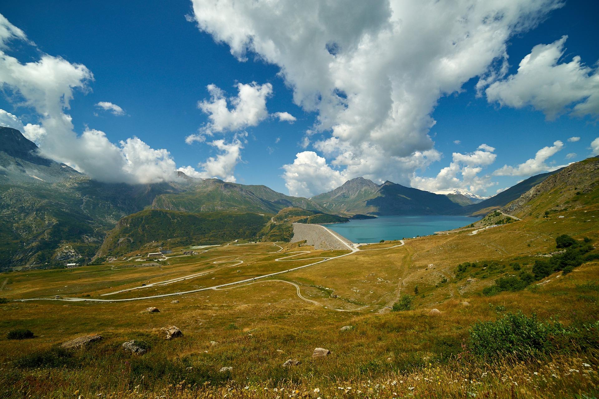 Lac_du_Mont_Cenis_CC0.jpg?1545479874