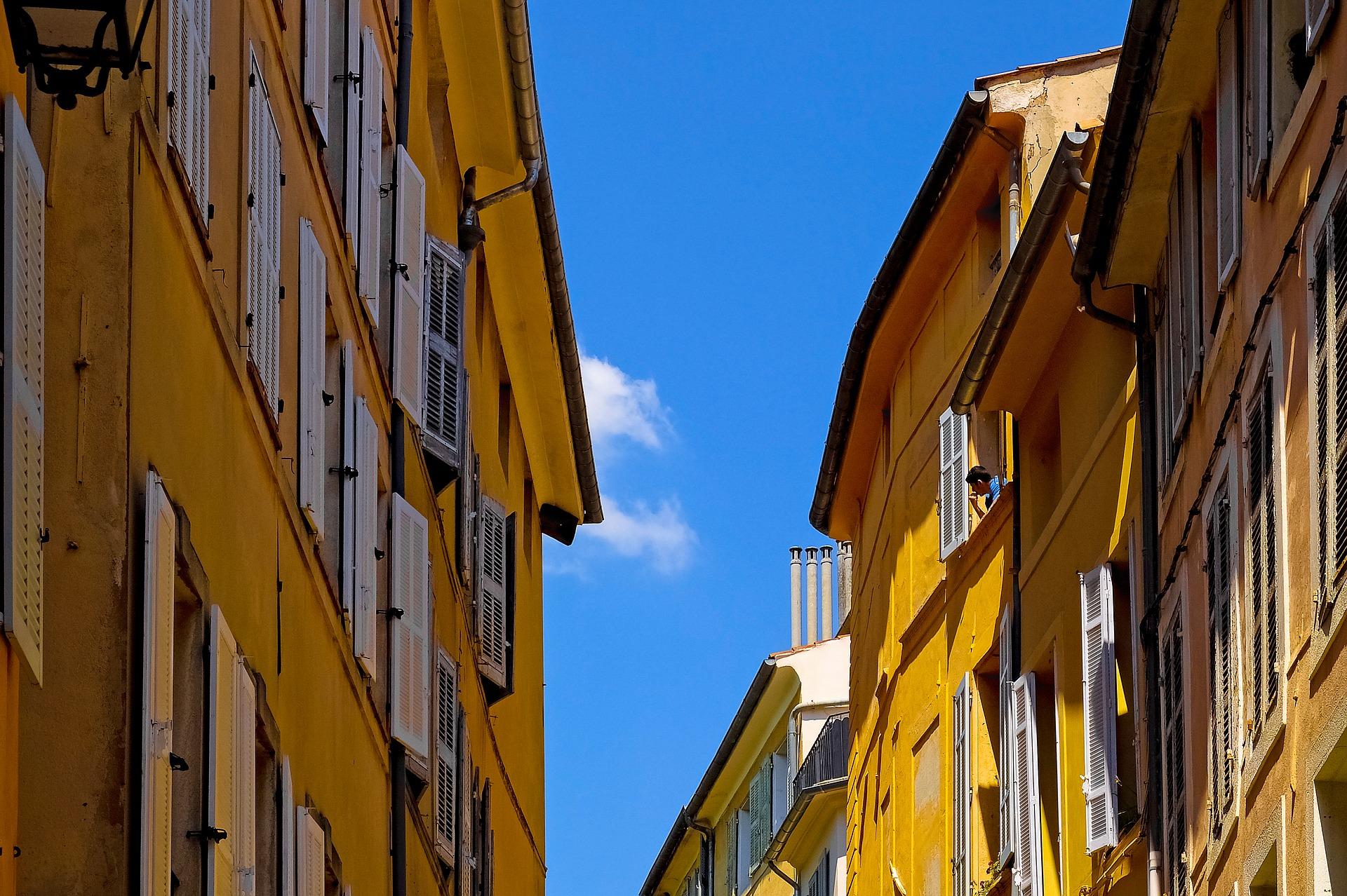 Aix_en_Provence_architecture_CC0.jpg?1545811818