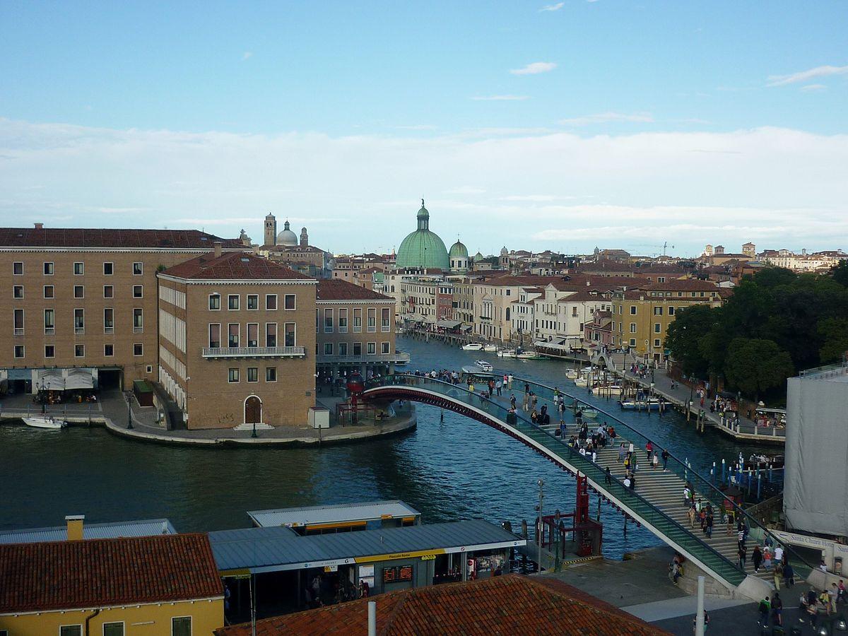 1200px-Ponte_della_Costituzione.jpg?1549453070