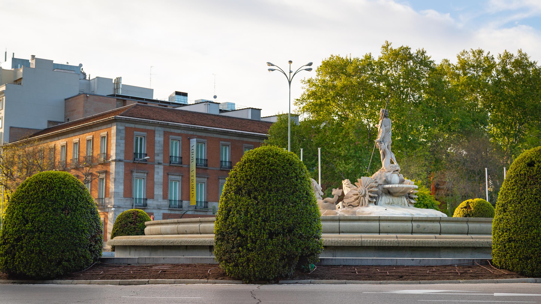 Imagebox_-_Fountain_of_Neptune_-_2018_05_03_Madrid-323.jpg?1549536644