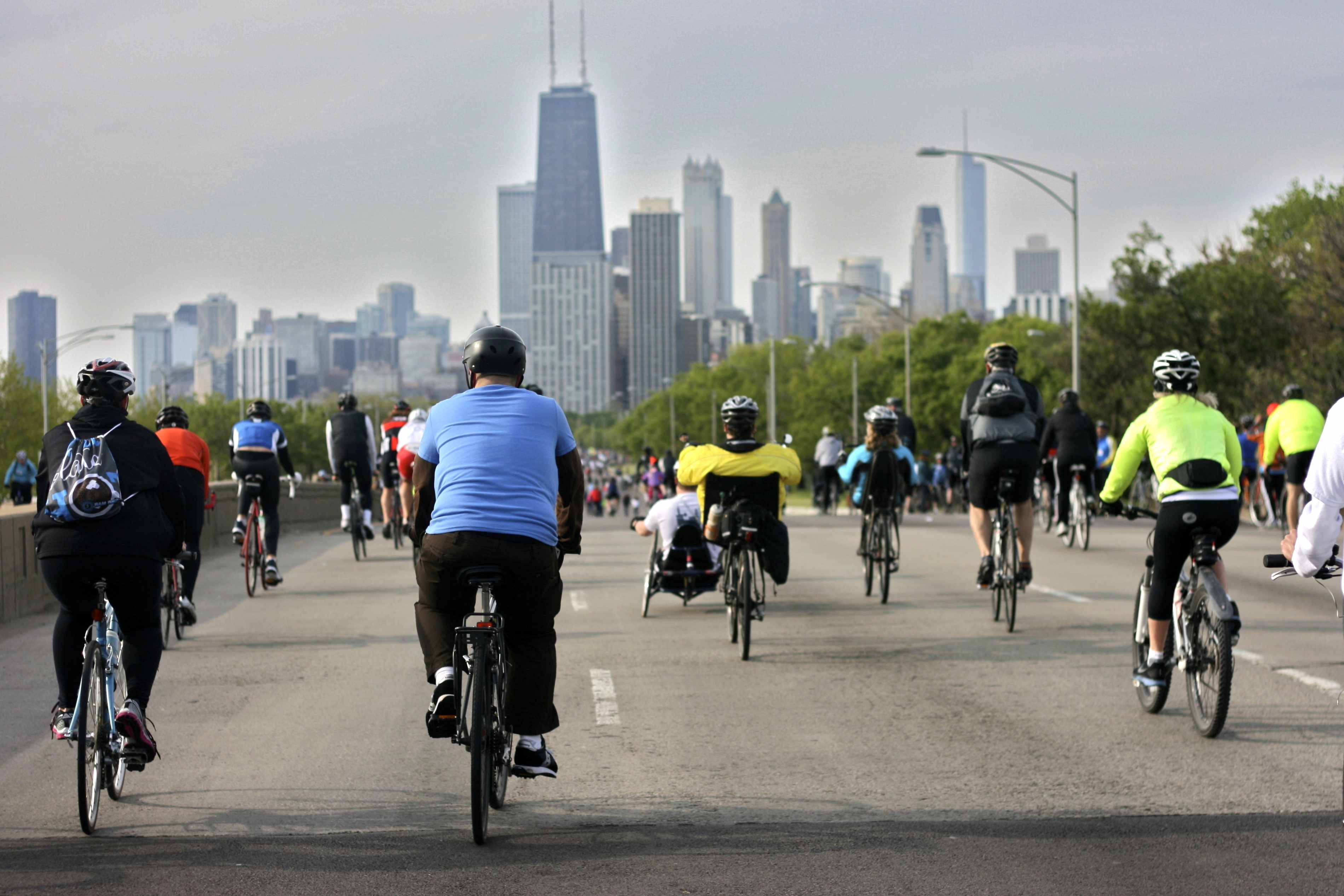Urban Cyclists Guide to Chicago - HotPads Blog 01cc90b70