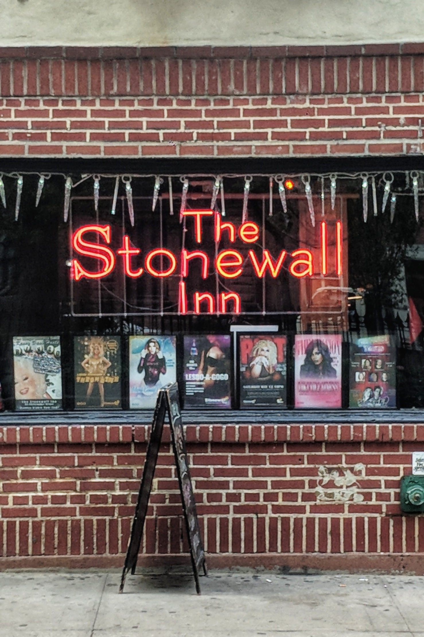 stonewall-inn-adam-groffman.jpeg?1559654064