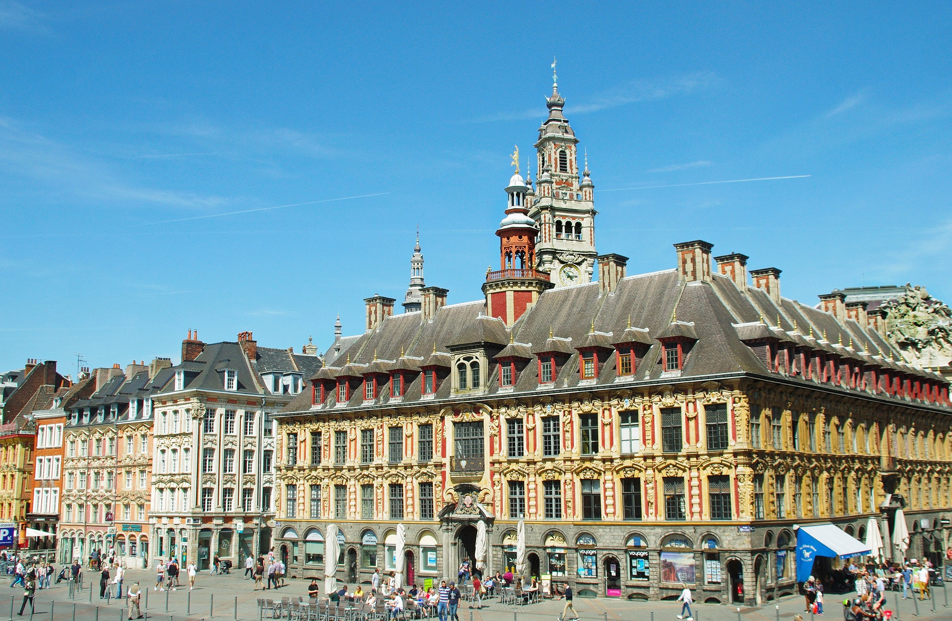 Lille_Grand_Place.jpg?1560776624