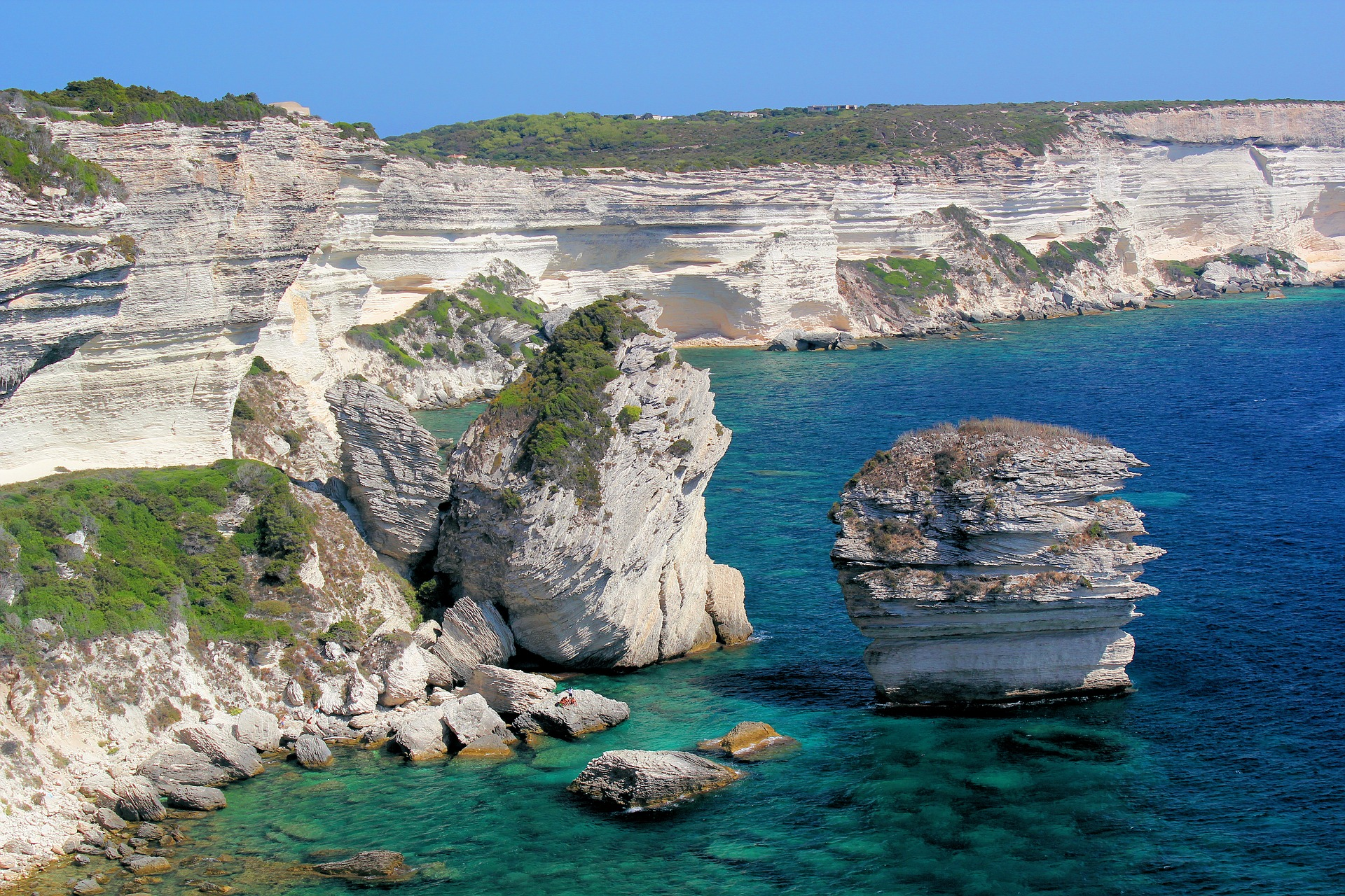 Falaises_Bonifacio.jpg?1560868508