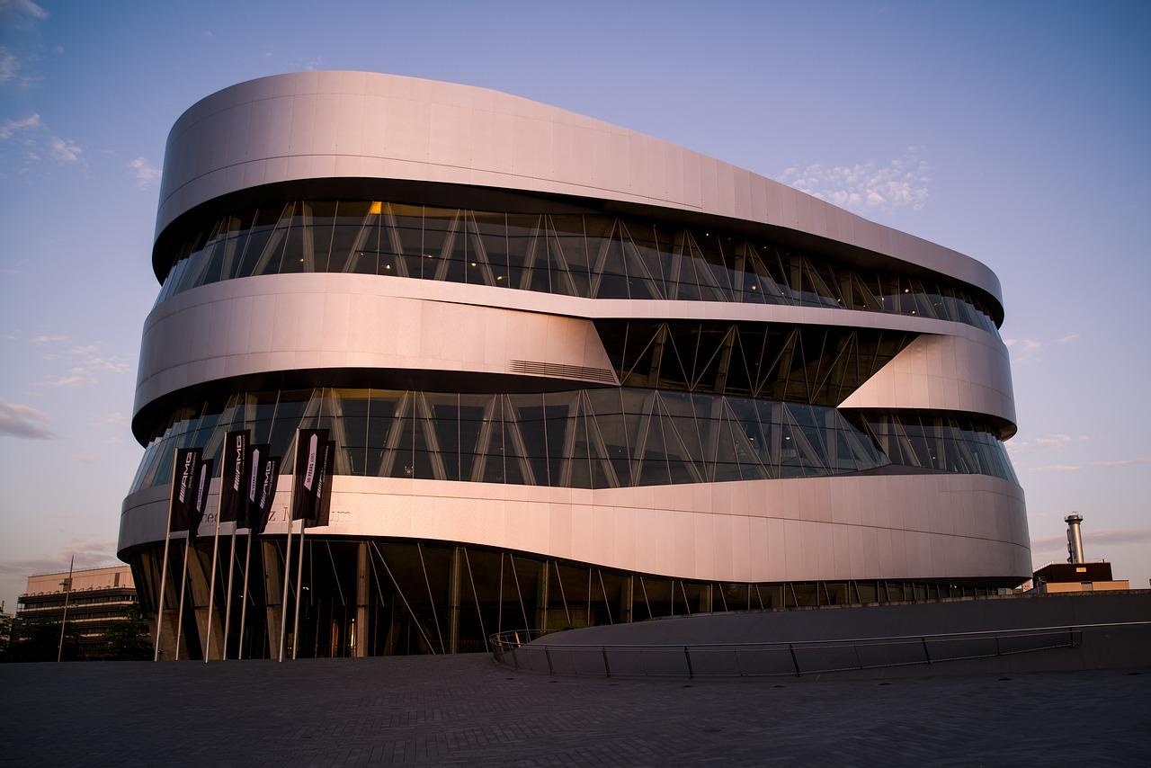 Mercedes-Benz-Museum.jpg?1561134027
