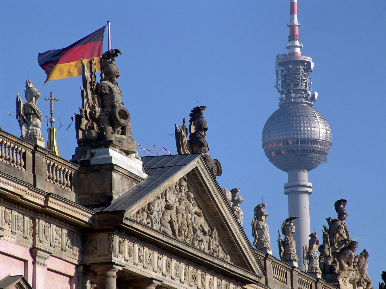 berlin-reichstag.jpg?1561368995