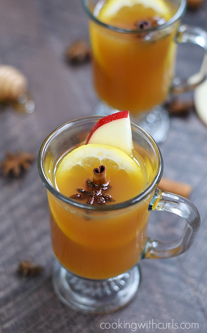 2 glasses of Hot Spiced Cider Toddy fall cocktail