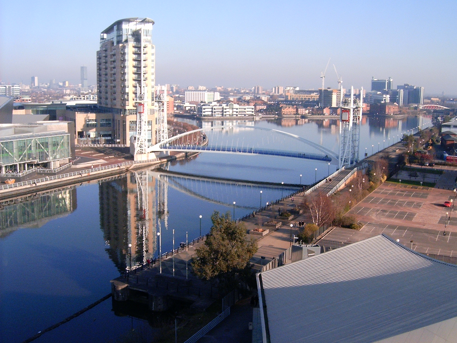 Salford_Quays_from_south_bank_of_MSC__2008.jpg?1566834753
