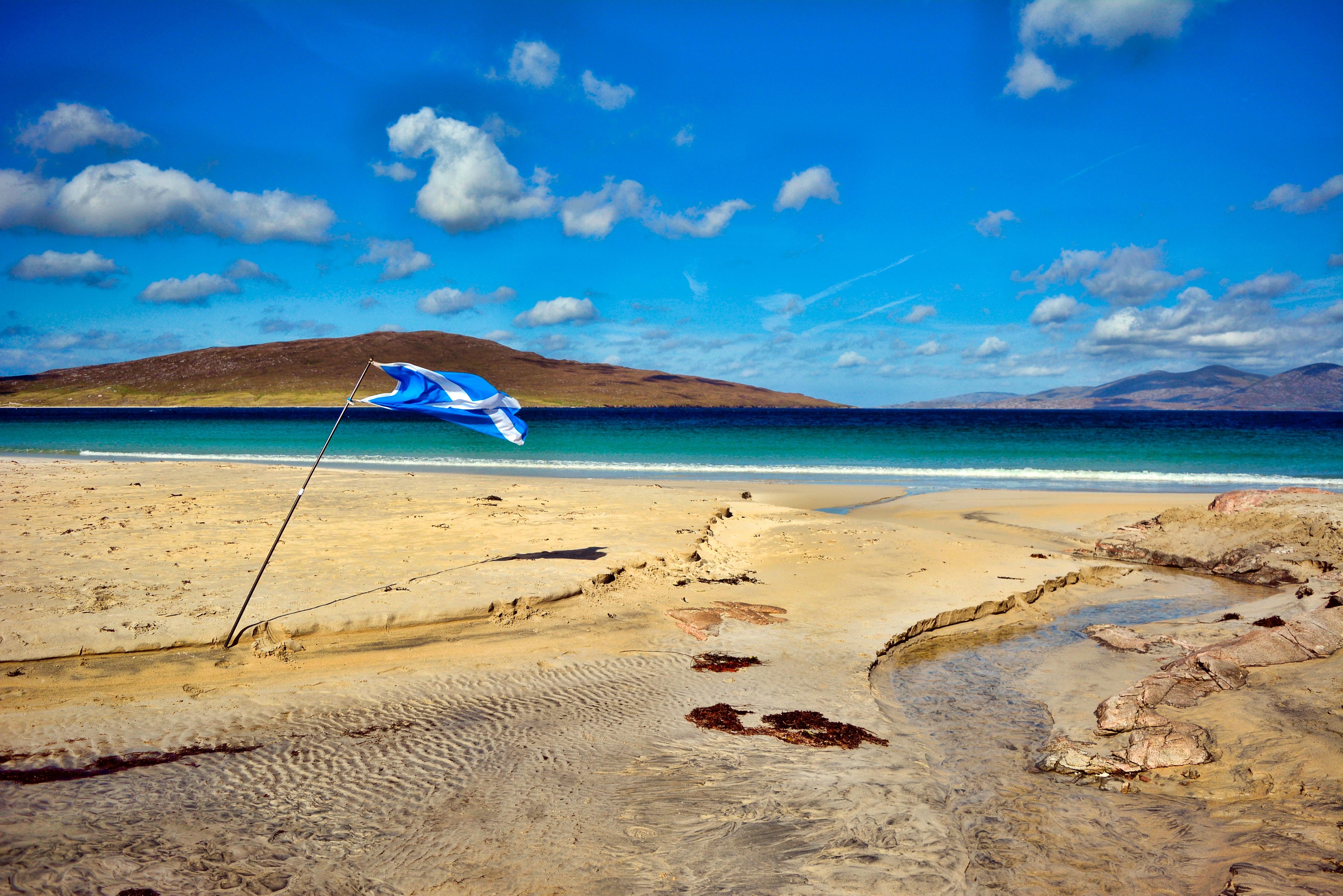 Luskentyre-Beach-Scotland.jpg?1567006618