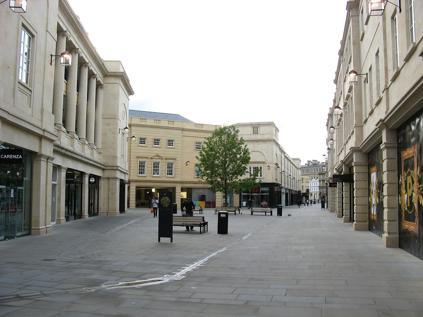 1440px-Southgate_Place__Bath__from_east.jpg?1567517082