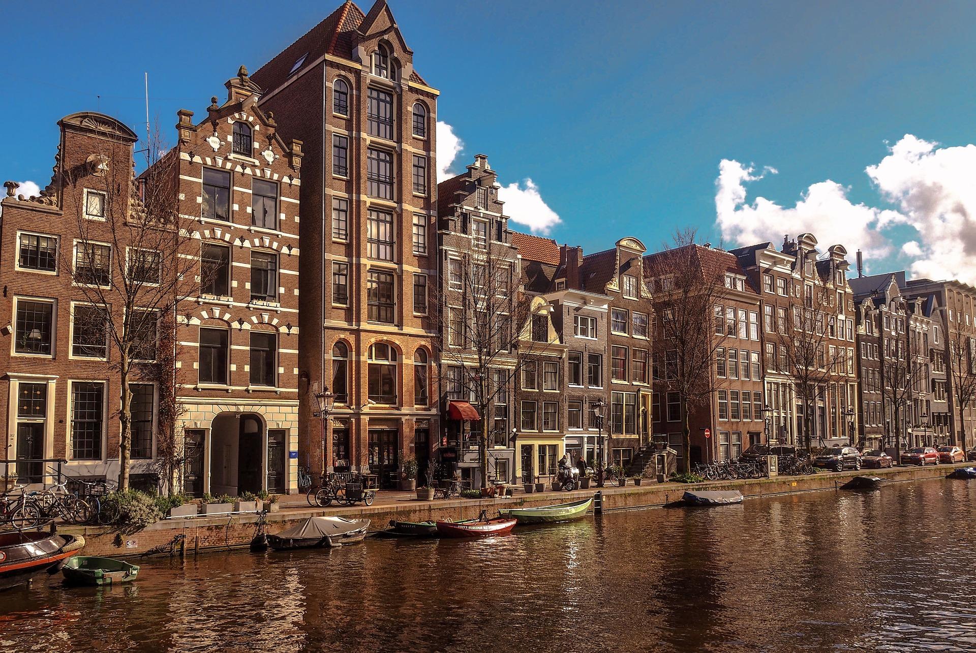 amsterdam-4045137_1920.jpg?1568105946