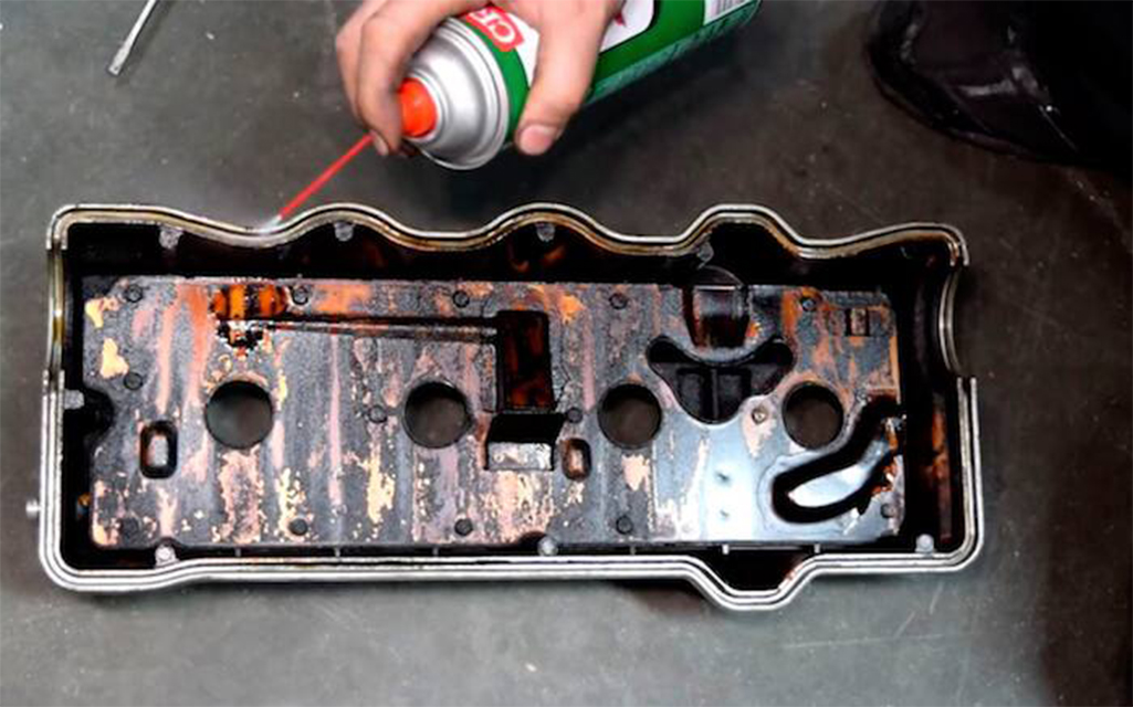 removing old valve cover gasket before replacing