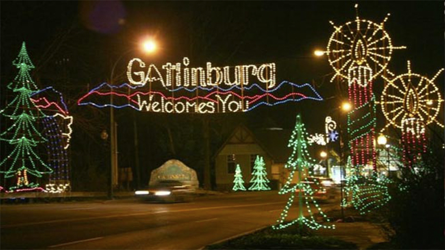 Gatlinburg Welcomes You light display