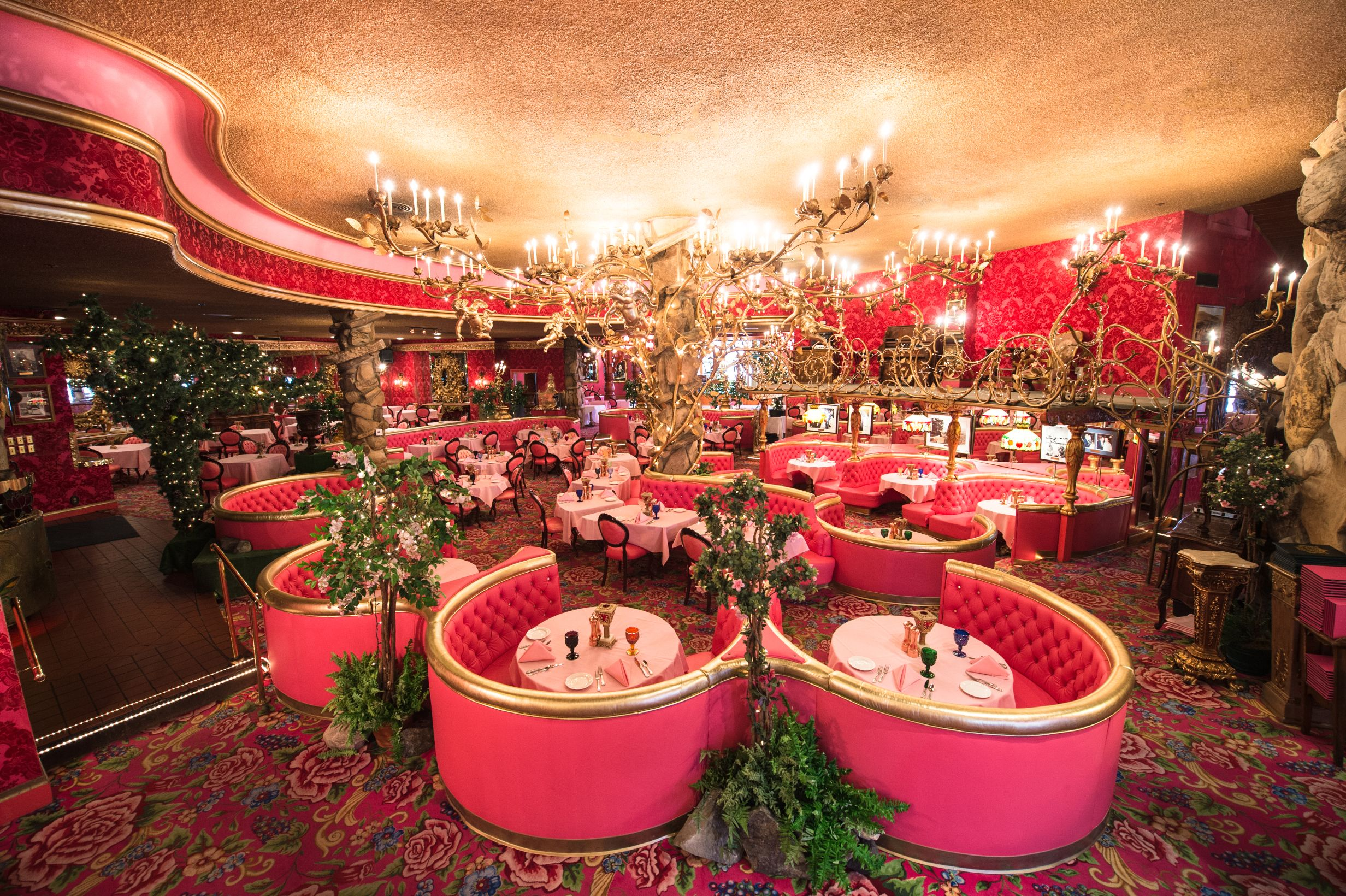 The Madonna Inn A Mythical Muse Of Photography