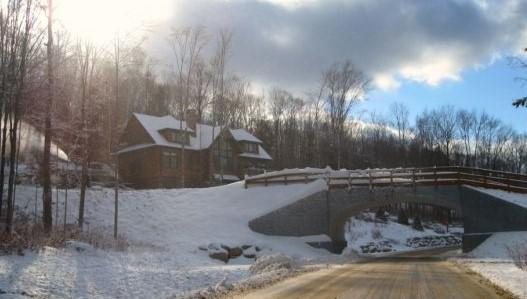 Neighbor Home and Ski Bridge51 Crooked Mountain Road, Lincoln, NH 03251 Alpine Lakes Real Estate