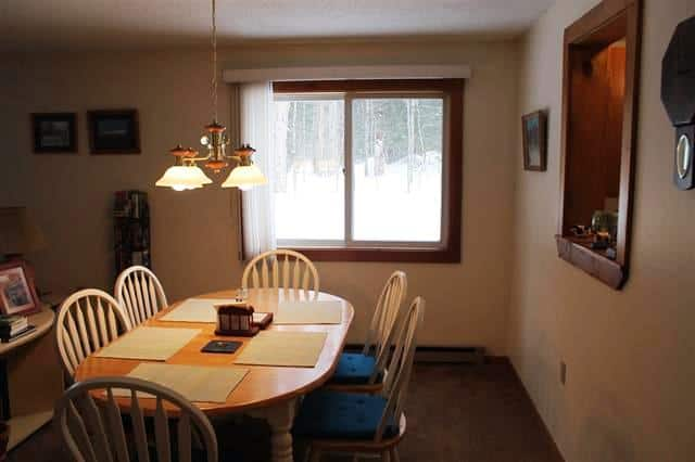 Dining area 10 Notchview #4, Lincoln, NH 03251 Alpine Lakes Real Estate